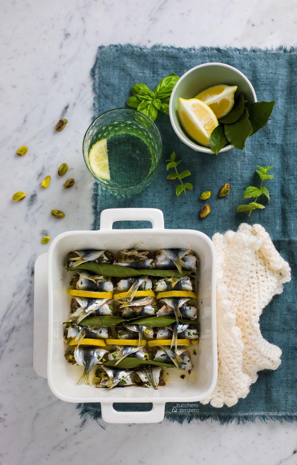 Sarde a beccafico con pistacchi e limone