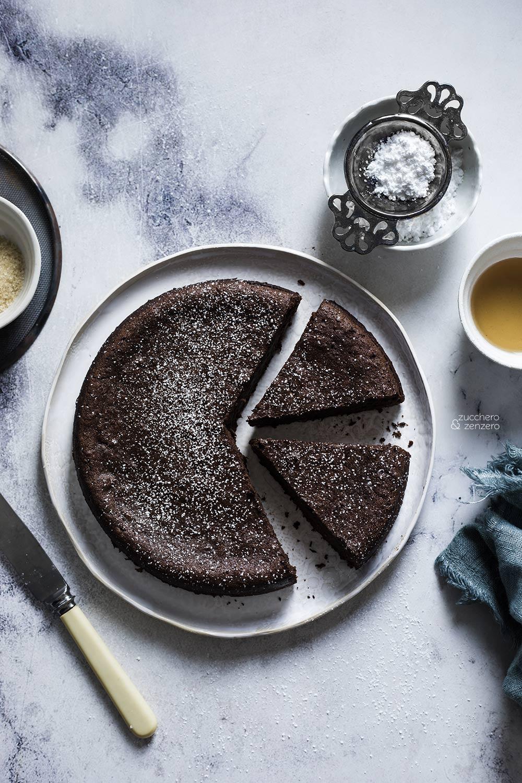 Torta al cioccolato e fagioli